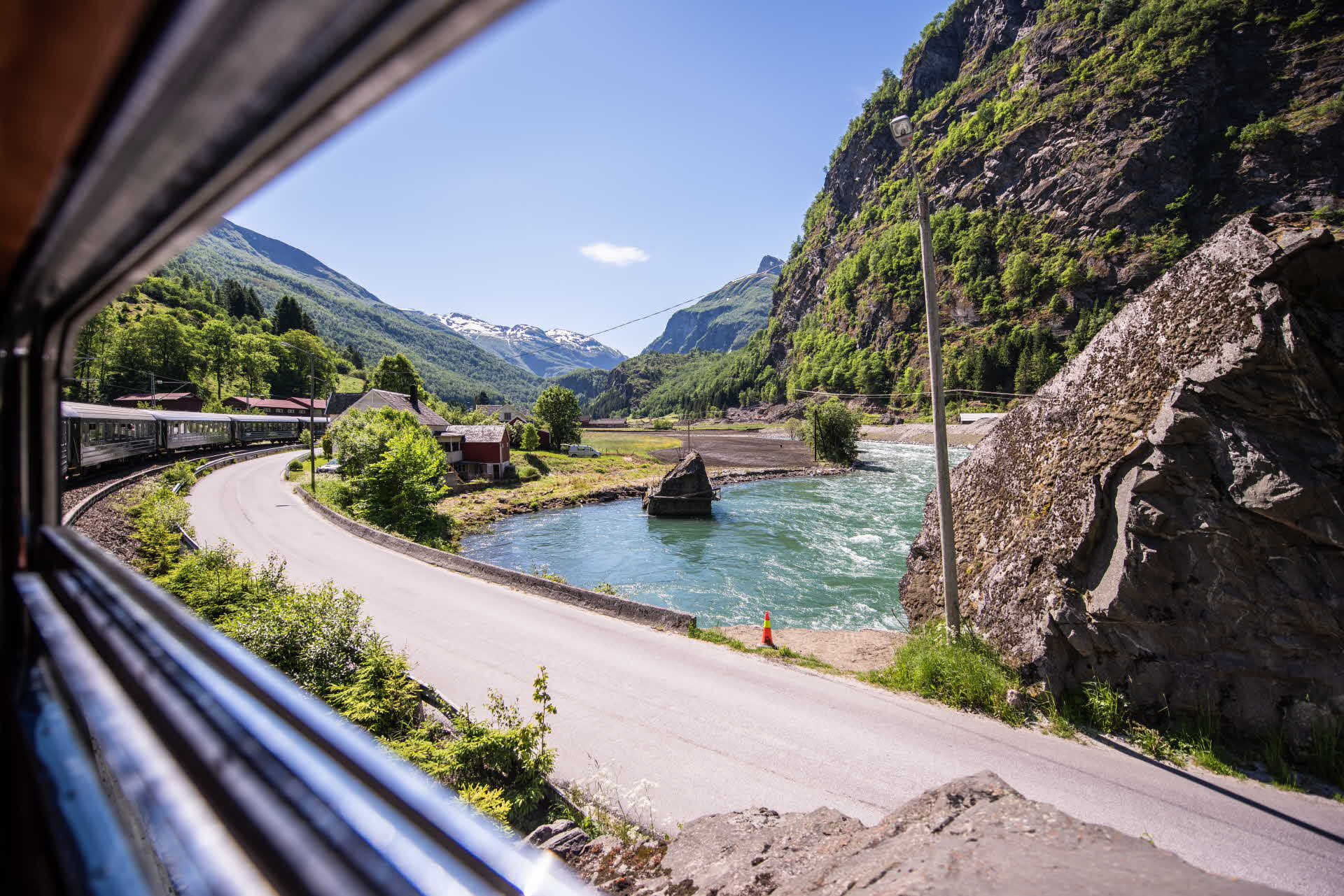 The river and Rallarvegen in Flåmsdalen, viewed from the Flåm Railway